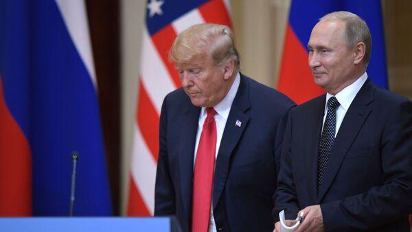 Vstrecha prezidenta RF Vladimira Putina i prezidenta SSHA Donalda Trampa v Xelsinki - Sputnik Oʻzbekiston