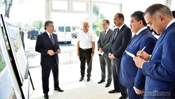 Шавкат Мирзиёев посетил Яшнабадский район Ташкента и ознакомился с ходом строительства метро - Sputnik Ўзбекистон