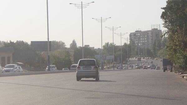 Дороги Ташкента в сильную жару - Sputnik Ўзбекистон