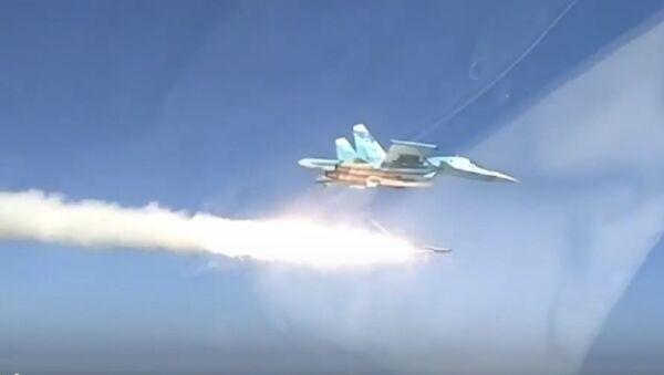 Су-34 уничтожил корабль террористов сверхзвуковой ракетой - Sputnik Узбекистан