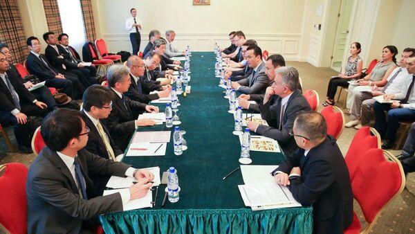 Узбекско-японский бизнес-форум прошел в Ташкенте - Sputnik Узбекистан