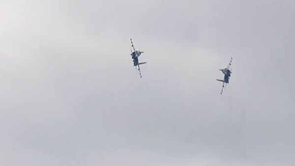Тренировка самого зрелищного этапа Авиадартса от летчиков ВКС! - Sputnik Узбекистан