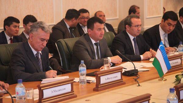 Министр внешней торговли Узбекистан Жамшид Ходжаев - Sputnik Ўзбекистон