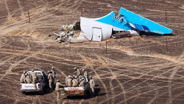 Место крушения российского самолета Airbus A321 в Египте - Sputnik Узбекистан