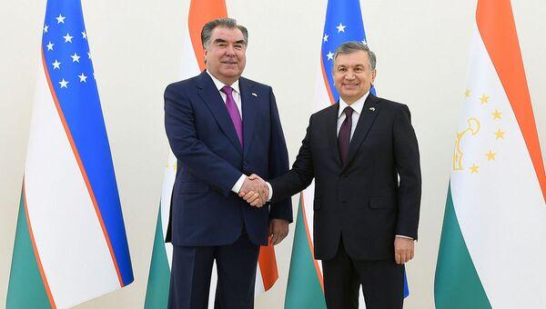 Vstrecha Shavkata Mirziyoyeva i Emomali Raxmona v Tashkente - Sputnik Oʻzbekiston