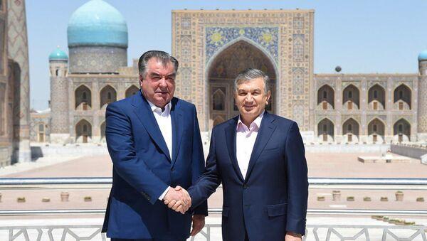 Мирзиёев и Рахмон посетили комплекс Регистан в Самарканде - Sputnik Ўзбекистон