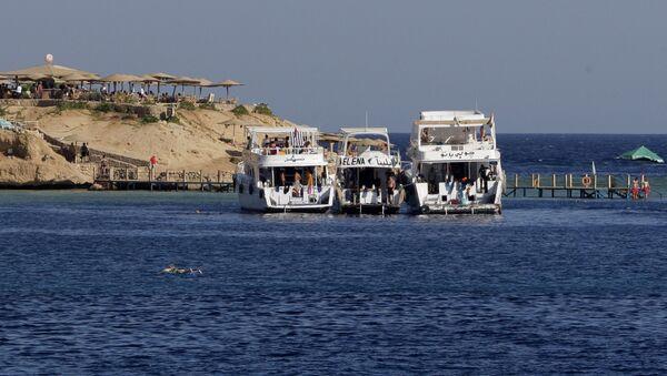 Порт Наама Бей в Шарм-эль-Шейхе в Египте - Sputnik Узбекистан
