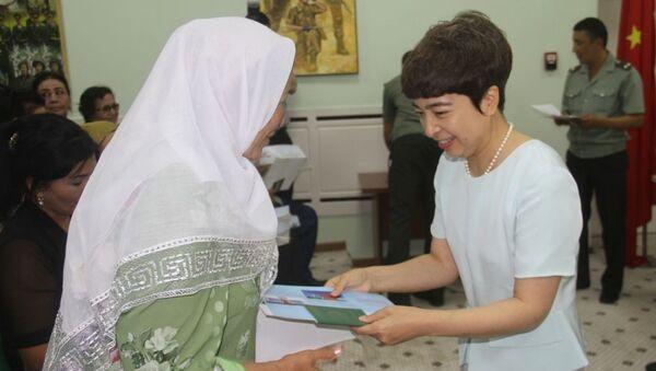 В Узбекистане члены семей Героев отправлены на путешествие в Китай - Sputnik Ўзбекистон