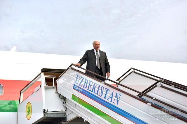 Президент Беларуси Александр Лукашенко прибыл с официальным визитом в Ташкент - Sputnik Узбекистан
