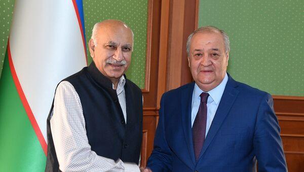 Mobashar Djavad Akbar i Abdulaziz Kamilov - Sputnik Oʻzbekiston