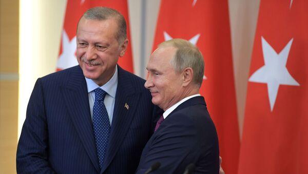 Президент РФ В. Путин встретился с президентом Турции Р. Т. Эрдоганом - Sputnik Узбекистан