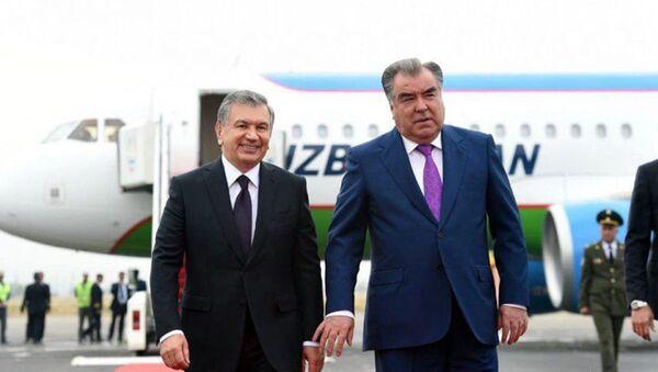 Президент Шавкат Мирзиёев прибыл в Таджикистан - Sputnik Узбекистан