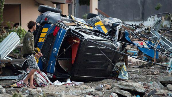 Разрушения в Индонезии после землетрясения и цунами - Sputnik Ўзбекистон