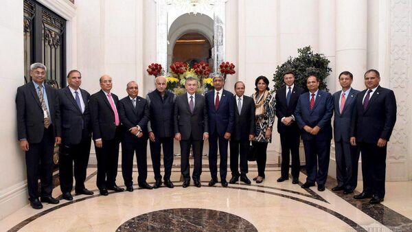 Встреча президента Узбекистана Шавката Мирзиёева с индийскими бизнесменами - Sputnik Ўзбекистон