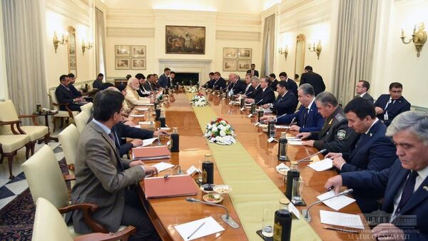 Переговоры в широком кругу Узбекистан - Индия - Sputnik Ўзбекистон