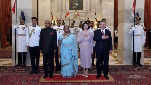 Президент Республики Узбекистан Шавкат Мирзиёев провел встречу с Президентом Республики Индия Рамом Натхом Ковиндом - Sputnik Узбекистан