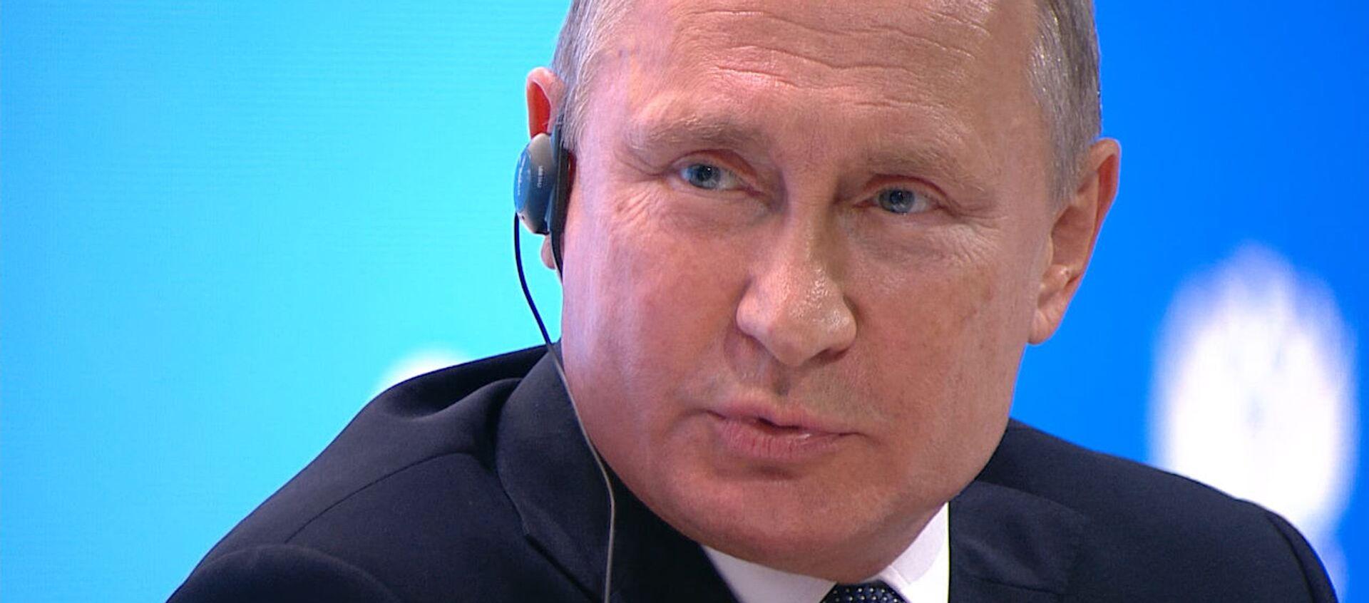 Предатель Родины: Путин о Скрипале - Sputnik Узбекистан, 1920, 04.10.2018