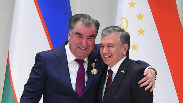 Президент Таджикистана Эмомали Рахмон и глава Узбекистана Шавкат Мирзиёев - Sputnik Ўзбекистон