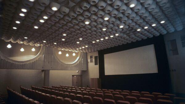 Зрительный зал в ташкентском Доме кино. - Sputnik Узбекистан