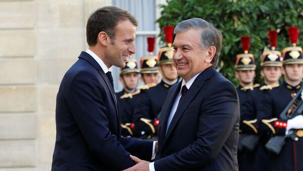 Встреча президента Узбекистана Шавката Мирзиёева и президента Франции Эммануэля Макрона - Sputnik Узбекистан