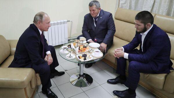 Prezident RF V. Putin prinyal uchastiye v rabote foruma Rossiya - sportivnaya derjava - Sputnik Oʻzbekiston
