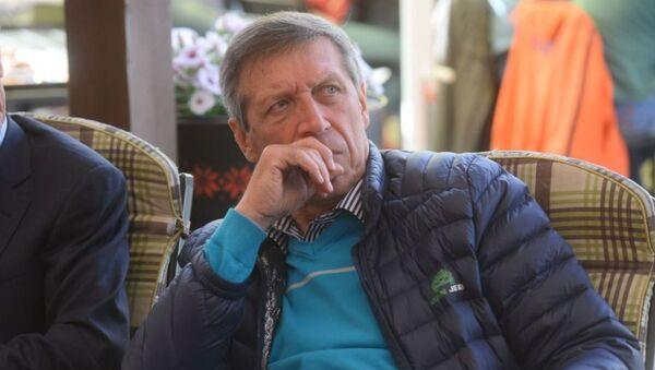 Вратарь и заслуженный тренер Беларуси Михаил Вергеенко. - Sputnik Узбекистан