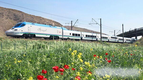 Скоростной поезд Afrosiyob - Sputnik Узбекистан
