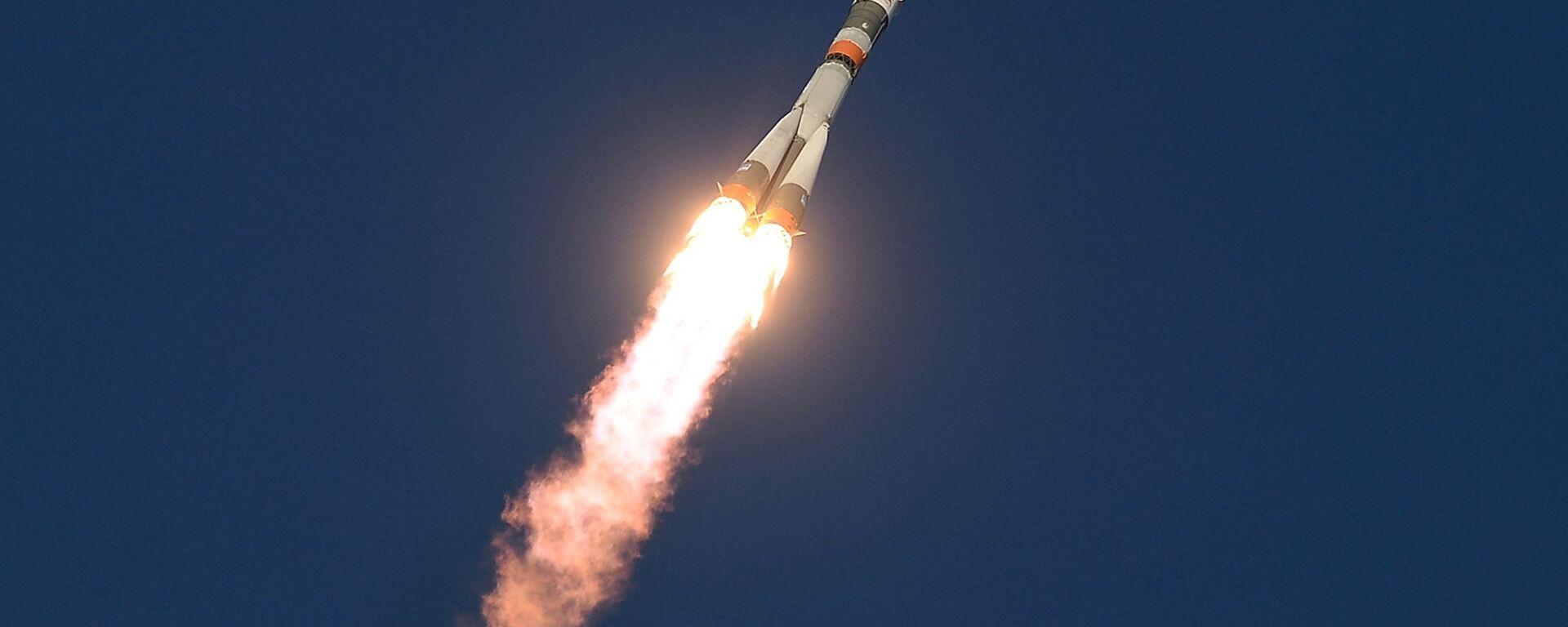 Старт космического корабля Союз ТМА-19М с космодрома Байконур - Sputnik Узбекистан, 1920, 14.05.2021