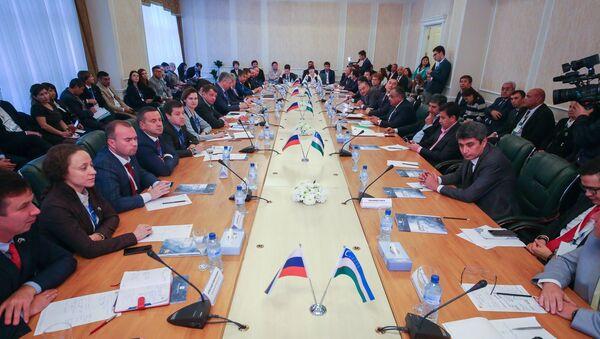 «Узбекистан-Россия: текстильное сотрудничество – без границ» - Sputnik Ўзбекистон