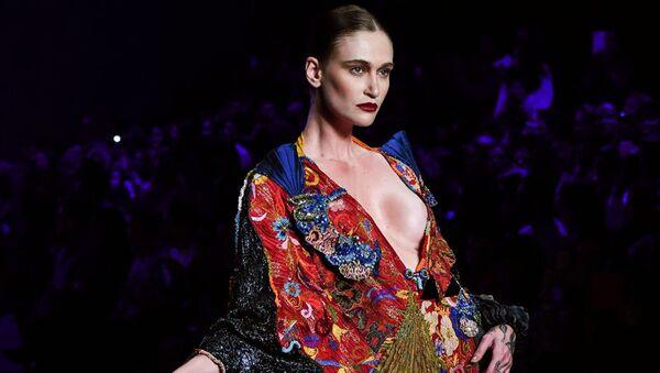 Бразильская неделя моды показала страсть и драму - Sputnik Узбекистан