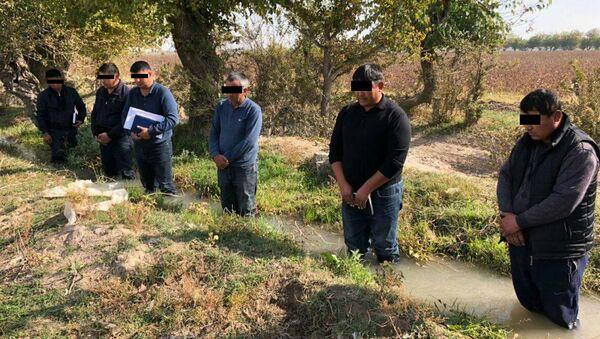 Фермеры, якобы наказанные за невыполнение плана по сбору хлопка - Sputnik Ўзбекистон