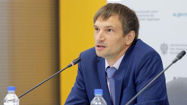 Direktor Tsentra izucheniya mirovыx energeticheskix rыnkov VSHE Vyacheslav Kulagin  - Sputnik Oʻzbekiston