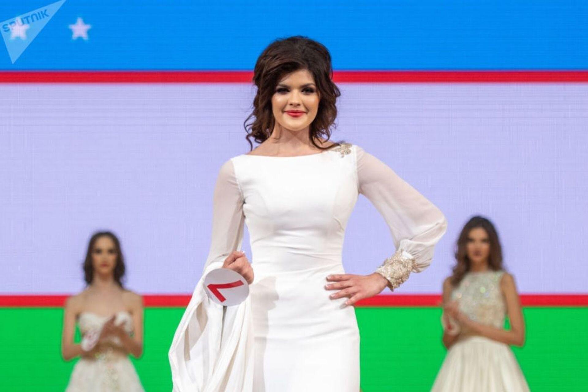 Нигина Фахриддинова представляла на конкурсе «Топ-модель СНГ-2018» Узбекистан - Sputnik Ўзбекистон, 1920, 25.08.2021