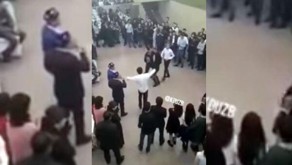 Танцы на узбекской свадьбе - Sputnik Ўзбекистон