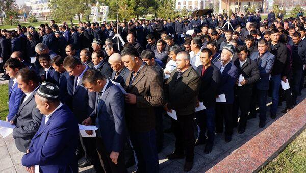 Клятва сырдарьинских фермеров - Sputnik Узбекистан