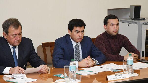 Встреча с делегацией хокимията Ташкента в исполкоме Казани - Sputnik Узбекистан